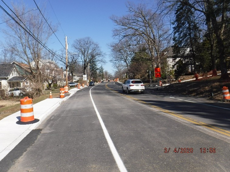 Traffic shift to the middle of Tyson Ave. between Ardsley Ave. And Edgecomb Ave. looking east
