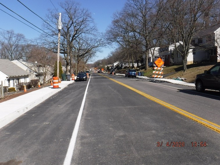 Traffic shift to the middle of Tyson Ave. between Custer Avenue and Carson Avenue looking east